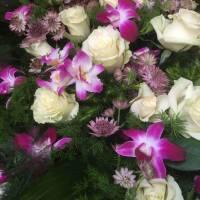 particolare floreale condoglianze fiorista bianchi